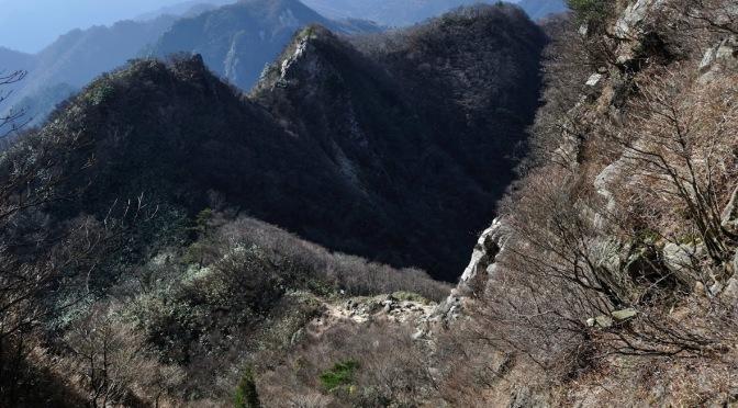 2015/11/28 鈴鹿山脈鎌ヶ岳  バリエーション : ニゴリ谷、ロクロ谷を歩く