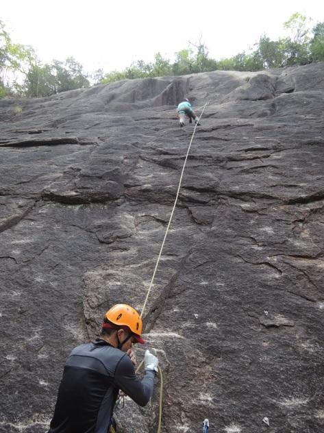 女岩を登る投稿サイズ