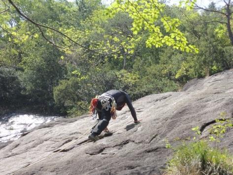 新緑の男岩投稿サイズ