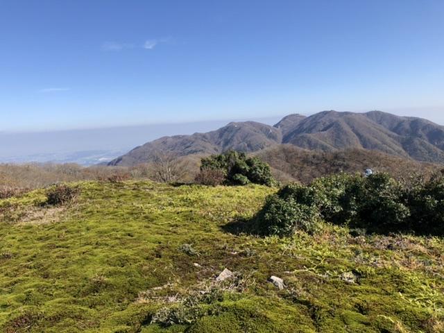 2019/11/2-3 雨乞岳…は行かずにイブネ、そして鉱山跡テント泊